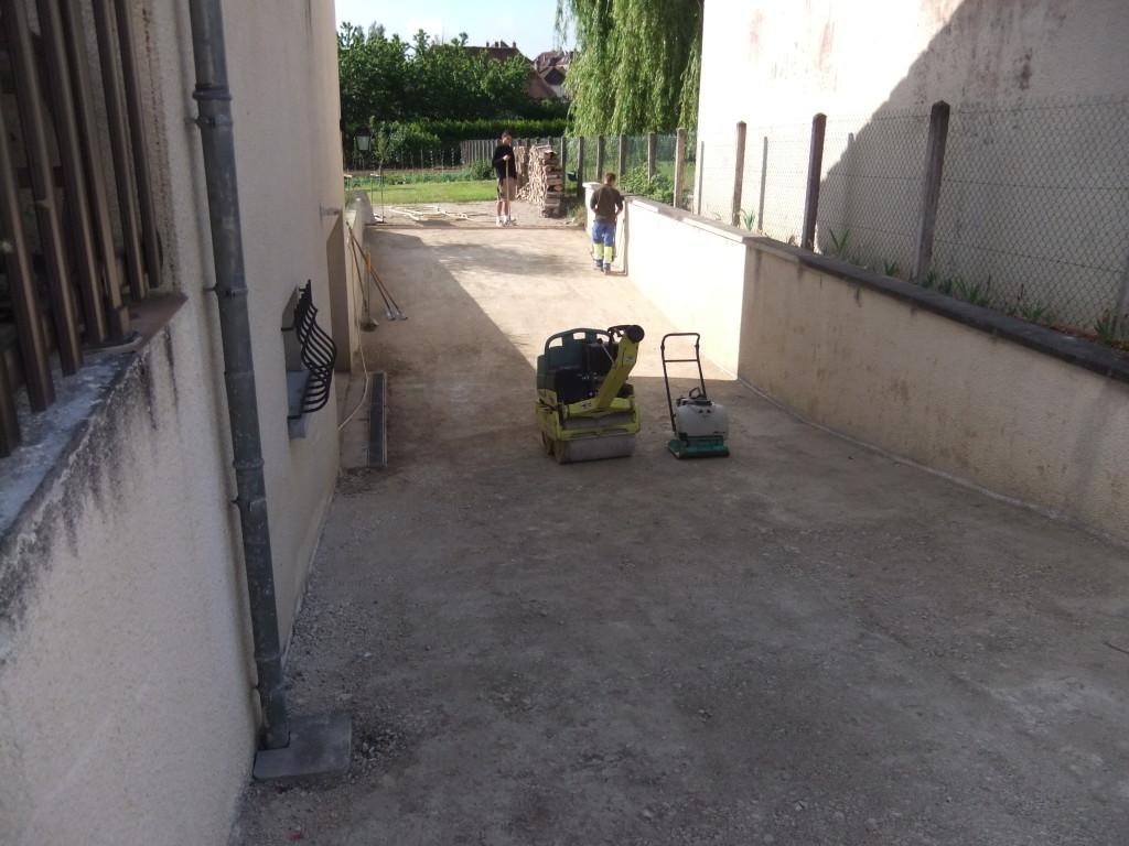 Travaux gillet tp 10 89 descente de garage en enrob - Descente de garage en beton desactive ...